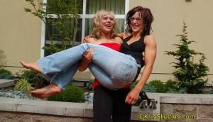 "Pick-Up Time: A good personal trainer always knows when her client needs a ""lift."""